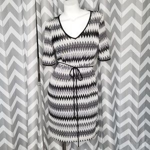 SANDRA DARREN chevron dress